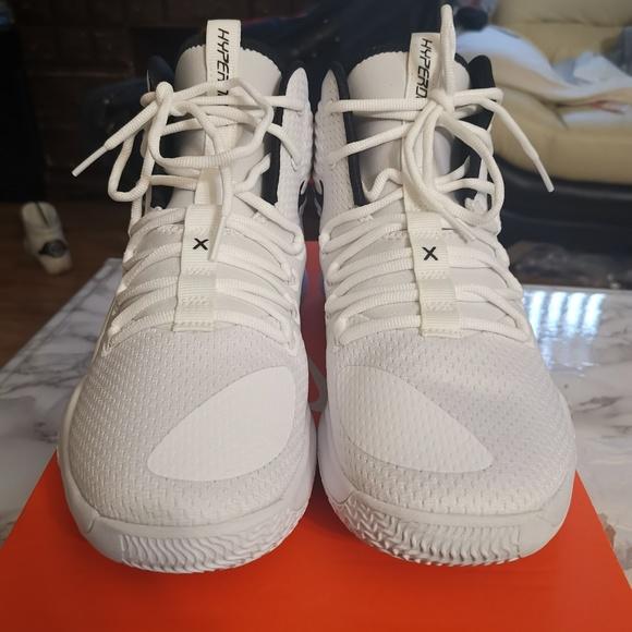 best cheap d2320 7bc34 Nike Hyperdunk X Low TB Mens Size 8 Basketball